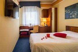 98271_001_Guestroom