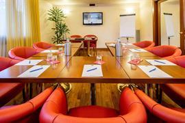 98271_004_Meetingroom