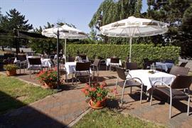 95337_004_Restaurant
