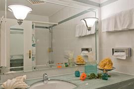 95066_001_Guestroom