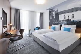 95482_004_Guestroom