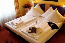 95314_002_Guestroom