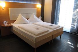 95314_003_Guestroom