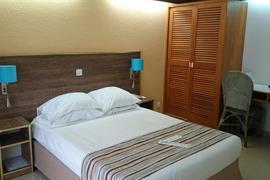 93468_000_Guestroom