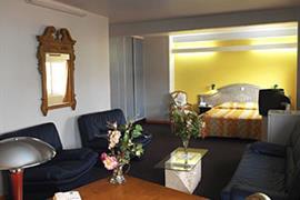 93468_003_Guestroom