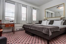 91081_001_Guestroom
