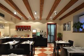 98359_003_Restaurant