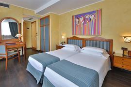 98108_005_Guestroom