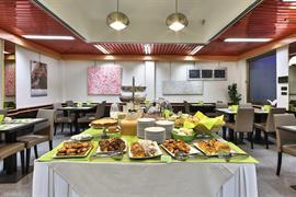 98204_001_Restaurant