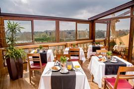 98282_005_Restaurant