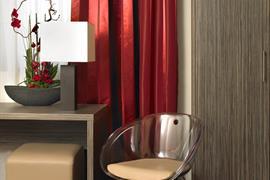 93603_005_Guestroom