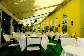 94213_006_Restaurant