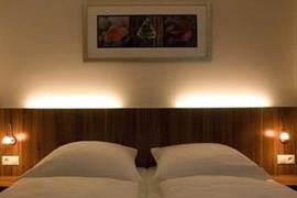 95368_006_Guestroom