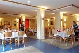 95181_007_Restaurant