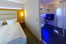 95450_007_Guestroom