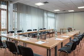 95498_006_Meetingroom