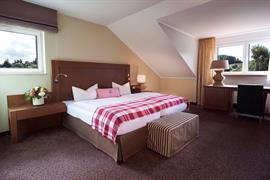 95506_005_Guestroom
