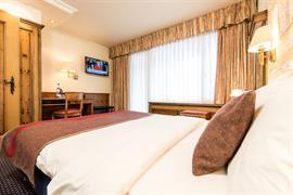 94083_003_Guestroom