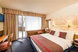 94083_004_Guestroom
