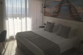 93852_006_Guestroom