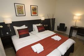 88196_003_Guestroom