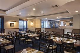 95502_005_Restaurant