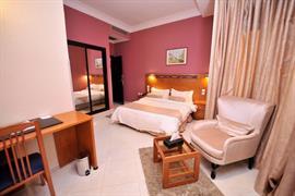 93782_004_Guestroom