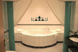 95374_004_Guestroom