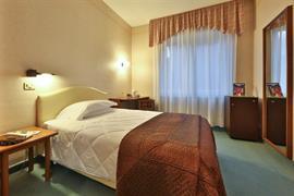 98103_005_Guestroom