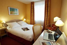 93449_003_Guestroom