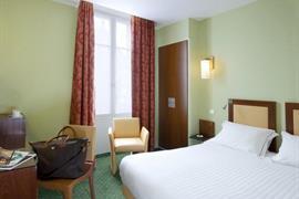93478_006_Guestroom