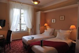 93007_001_Guestroom