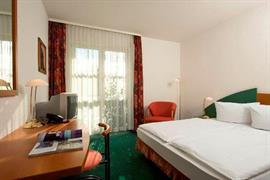 95432_002_Guestroom