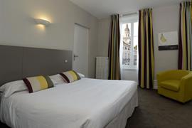 93477_005_Guestroom