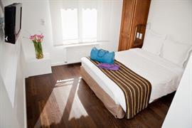 93572_003_Guestroom