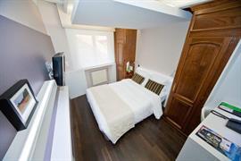 93572_006_Guestroom