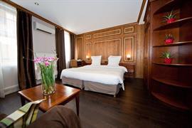 93572_007_Guestroom