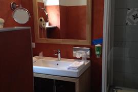 93670_007_Guestroom
