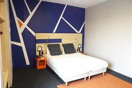 93613_000_Guestroom