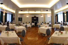 98207_005_Restaurant