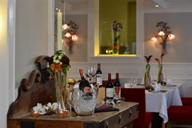95012_005_Restaurant