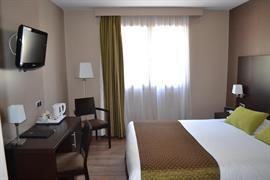 93672_007_Guestroom