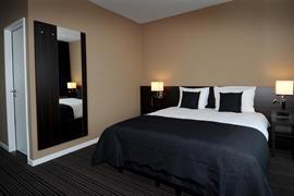 92931_003_Guestroom