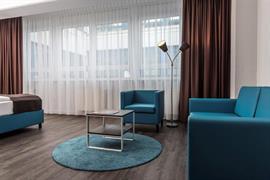 95501_000_Guestroom