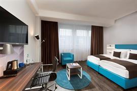 95501_006_Guestroom