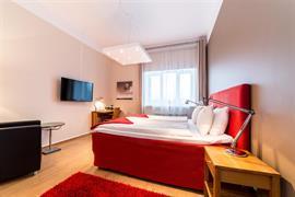 88134_000_Guestroom