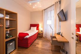 88134_001_Guestroom