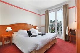 93469_008_Guestroom