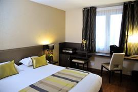 93800_003_Guestroom