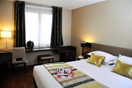 93800_004_Guestroom